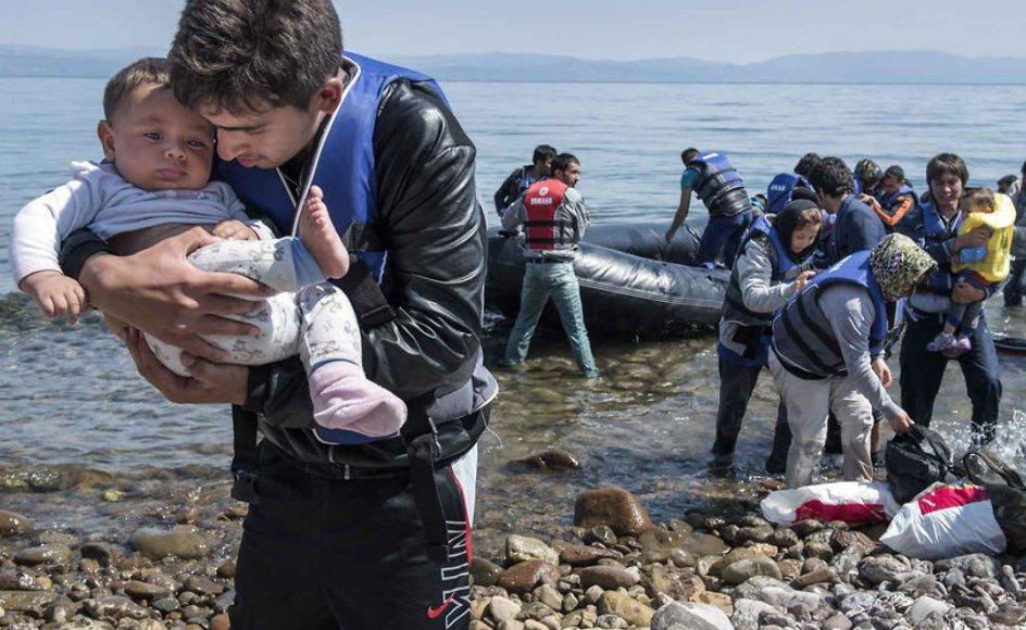 Etikere og filosoffer kan være uenige om alt muligt. Men hvad det druknende barn angår, så er der en så udbredt enighed om, at man er forpligtet på at hjælpe, skriver Lasse Nielsen, adjunkt ved Institut for Statskundskab på Aarhus Universitet.
