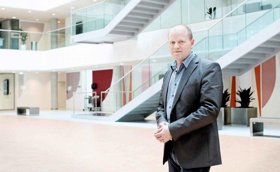 DR skal lave tv og radio om tro og religion, fordi det betyder noget for mange mennesker og dermed har en indvirkning på samfundet, siger redaktionschef for DR Historie og Tro Morten Thomsen Højsgaard. -