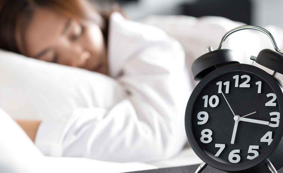 Tidspunktet på døgnet, hvor vi sover, og længen af vores søvn har stor indflydelse på vores helbred, siger Camilla Kring i ny bog. (Modelfoto)