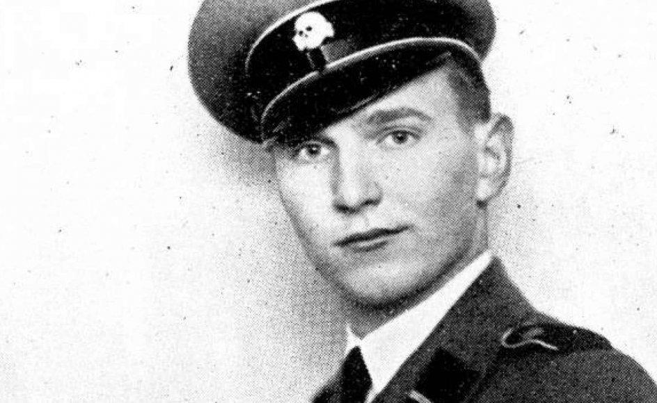 Søren Kam meldte sig som ganske ung ind i det danske nazipartis ungdomsafdeling og kæmpede siden på Østfronten for Waffen-SS.