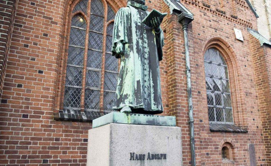 Igen: Den videnskabelighed, vi bryster os af i dag i Danmark, har historisk dybe rødder i konfessionel teologi. Grunden til, at Københavns Universitet findes i dag, var, at der skulle forskes i konfessionel teologi. Det er vel en tanke værd?, skriver debattør.