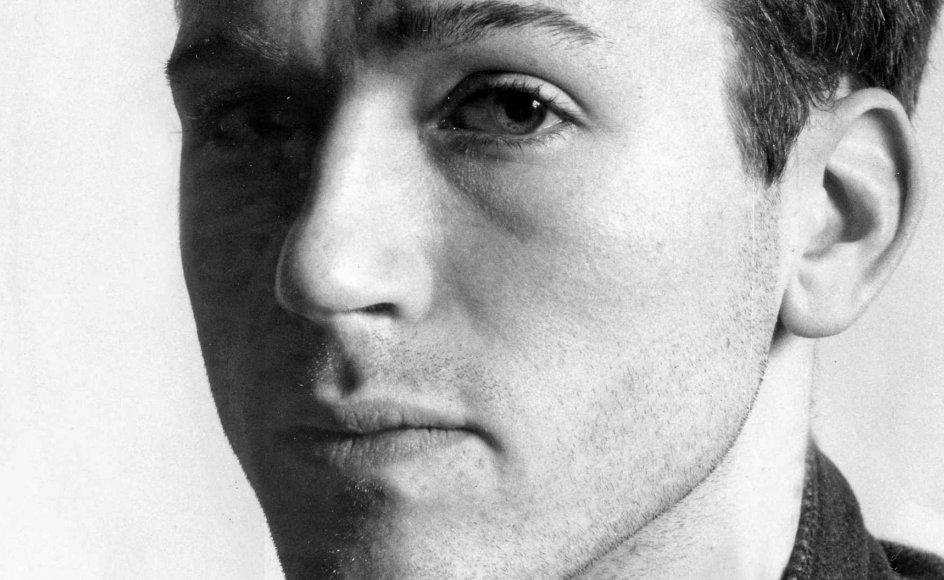 Til næste år er det tredive år siden, at den kun 27 år gamle, talentfulde digter Michael Strunge begik selvmord ved at springe ud fra femte sal.