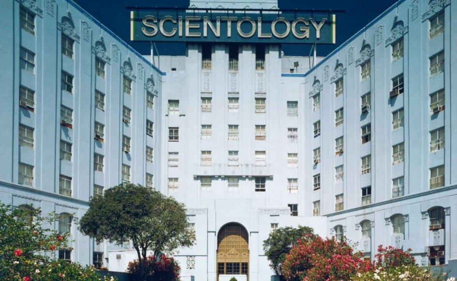 Scientologys filialer rundt om i verden, herunder i Oslo, får ingen finansiel støtte fra centralorganisation i USA. Her er det Scientologys bygning i Los Angeles. -