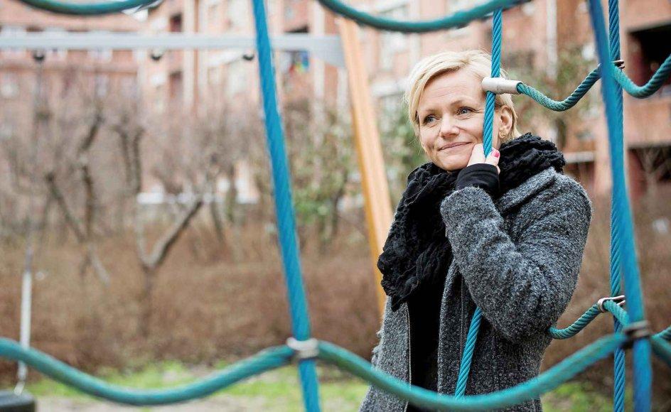 Anja Marschall er optaget af delebørns vilkår og er ved at skrive en bog om det. Selv lever hun i en kernefamilie med mand og tre børn.