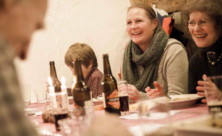 I dag er Esrum Kloster transformeret til såkaldt oplevelsesattraktion og også et levende bevis på, at klostre får nyt liv som kulturinstitutioner. Arkivfoto fra folkekøkkenet på Esrum Kloster.