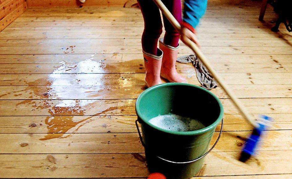 Fristelsen til at vælge overspringshandlinger er stor, når gulvvasken truer. Men man kan lære sig nye vaner.