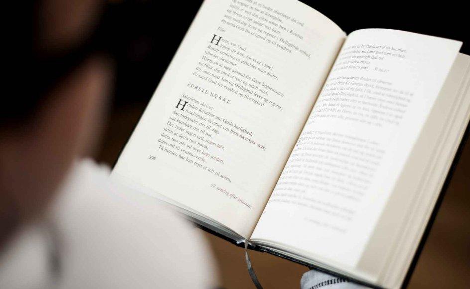"""""""Som kristne har vi et klart fundament, nemlig Bibelen og de kristne værdier. Vi baserer vores værdier på Bibelen som en åbenbaring af Guds ord. Det er værdier, vi deler med millioner af kristne over hele verden,"""" siger Robert Bladt, generalsekretær for KFS – Kristeligt Forbund for Studerende. Modelfoto."""
