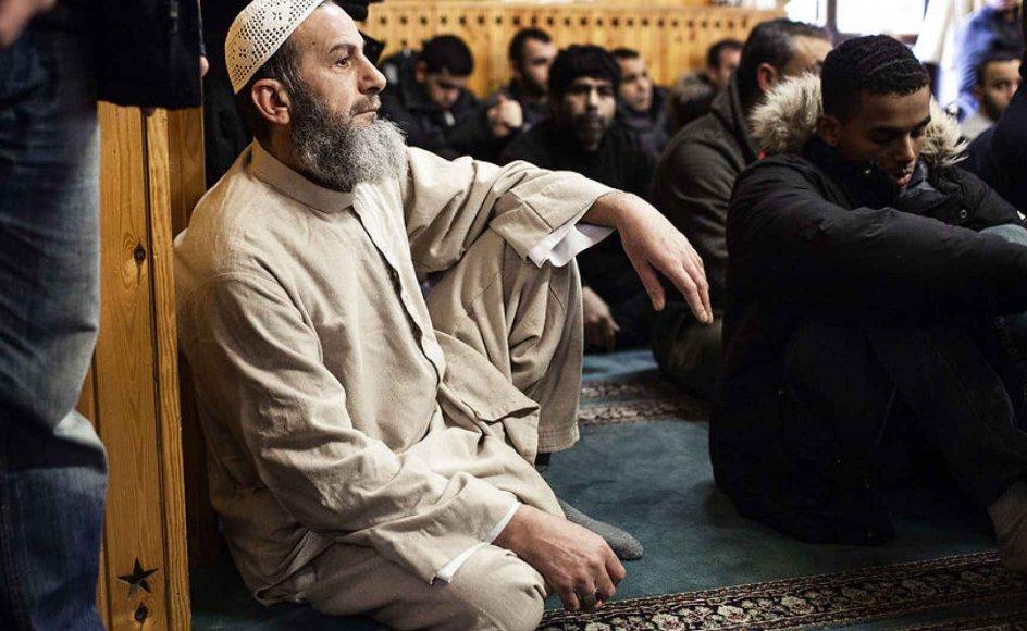 """Et såkaldt demokrati-charter er udsendt til 36 foreninger og trossamfund. Tre foreninger har ikke ønsket at skrive under, herunder Islamisk Trossamfund, som kalder charteret en """"mistænkeliggørelse af civilsamfundet"""". Arkivfoto"""