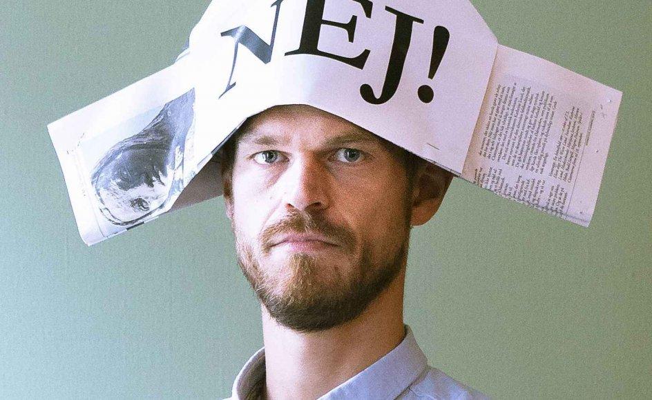 Professor Svend Brinkmann er blevet landskendt for at tage nej-hatten på. Ifølge Kurt E. Larsen står hans for tiden så populære budskab på skuldrene af Martin Luther.