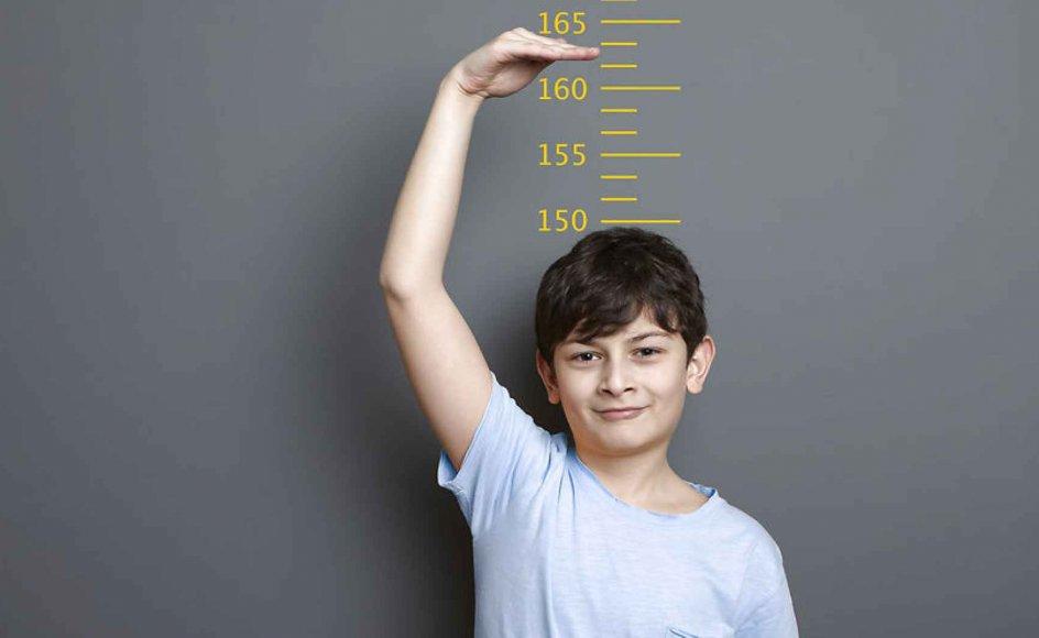Flere drenge undersøges for vækstproblemer. Modelfoto.