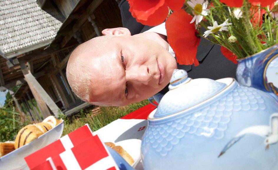 Modemanden Jim Lyngvild er både asatroende og erklæret DF'er med hang til nationalistiske værdier.
