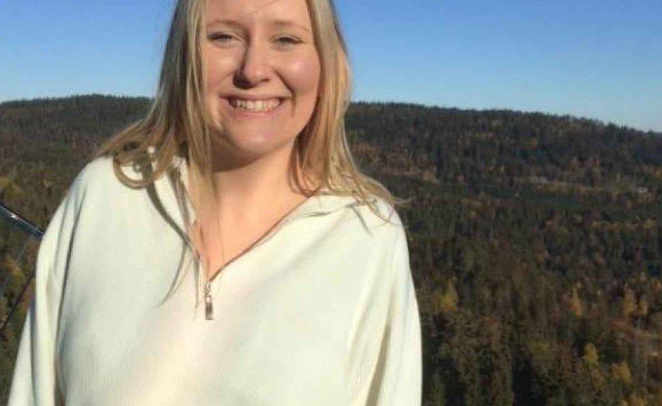 Henriette Kampp Sørensens morfar døde efter et sygdomsforløb med demens. Hun mener, at det er vigtigt, at familien holder fast i samvær med den ældre, også selvom en sygdom som demens kan være svær at tackle.