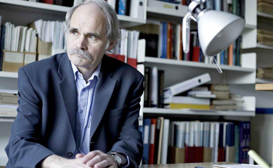 Helge Kragh, professor emeritus i videnskabshistorie. –