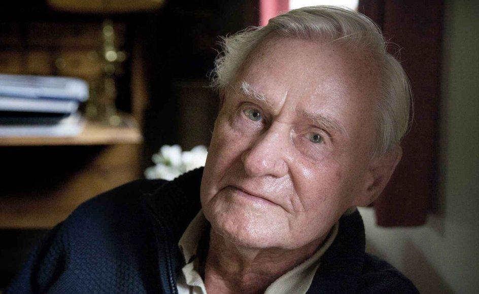 Jens Christensen er en af de få danskere, der har gjort hele turen med i Danmarks forhold til EU. Han var chefforhandler, da Danmark blev optaget i EF i 1972. Jens Christensen fylder 95 år i morgen.