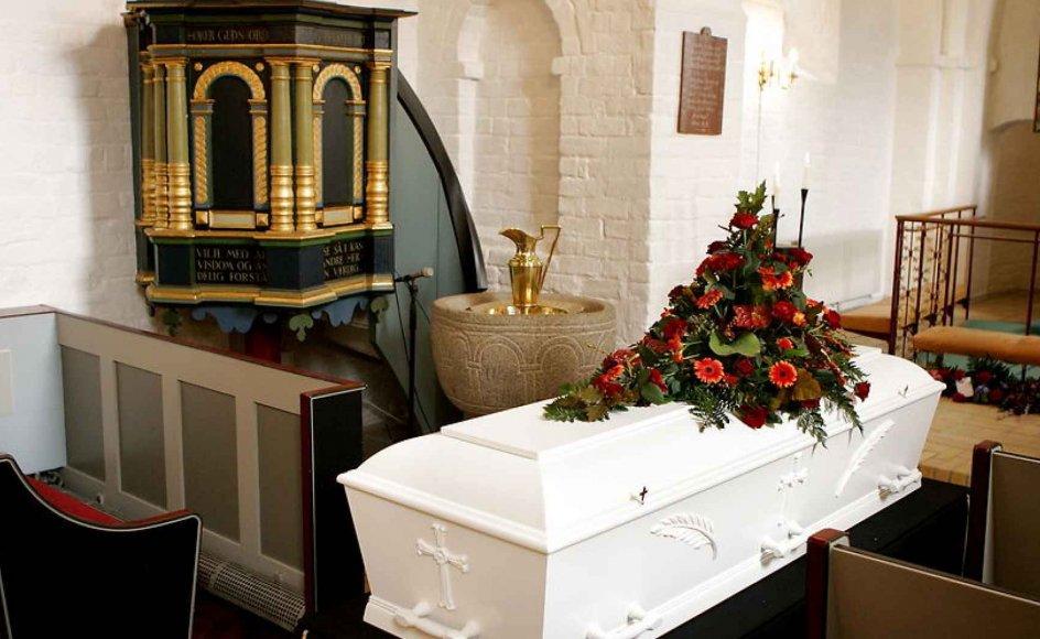 Jeg er ofte i tvivl om, hvorvidt jeg bør eller skal være en del af de fremmødte til begravelser i min bekendtskabskreds, skriver Jakob. Arkivfoto