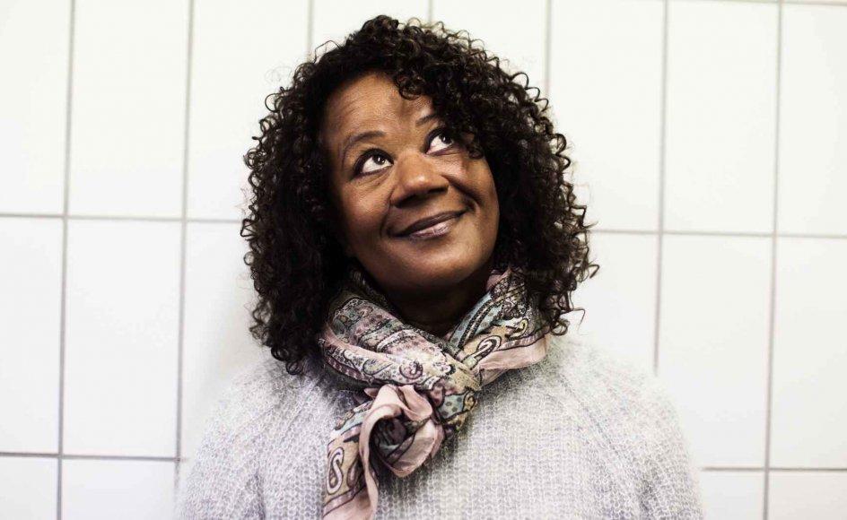 """Hella Joof blev kendt som den ene part i børnetv-serien """"Bullerfnis"""" og har siden arbejdet som både skuespiller, instruktør og forfatter."""
