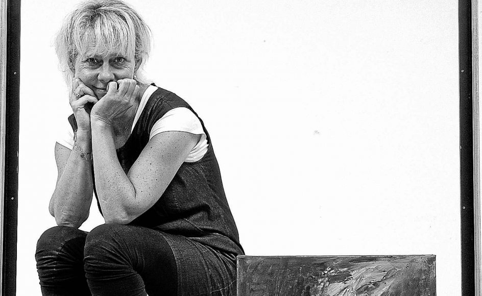 Margit Enggaard Poulsen maler og driver sit eget kunstgalleri i Nordby på Fanø, som også er det sted, hun allerhelst vil bo.