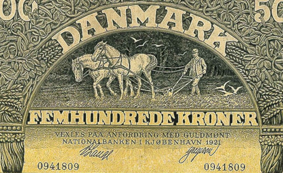 Den første plovmands-seddel med en værdi af 500 kroner kom på gaden i 1910 og var illustreret af Gerhard Heilmann. Siden kom to andre plovmænd, den sidste gik ud af brug i 1974.