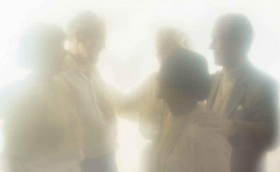 Mange møder døde slægtninge og venner, når de besøger livet efter døden.