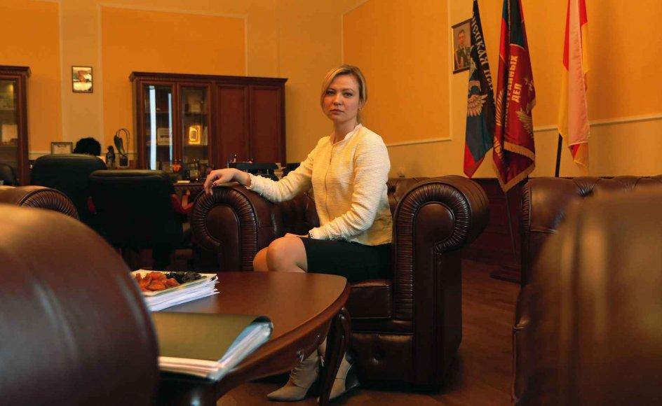 Den 32-årige jurist Natalja Nikonorova blev udnævnt til udenrigsminister i den selvudråbte folkerepublik Donetsk for et år siden. –