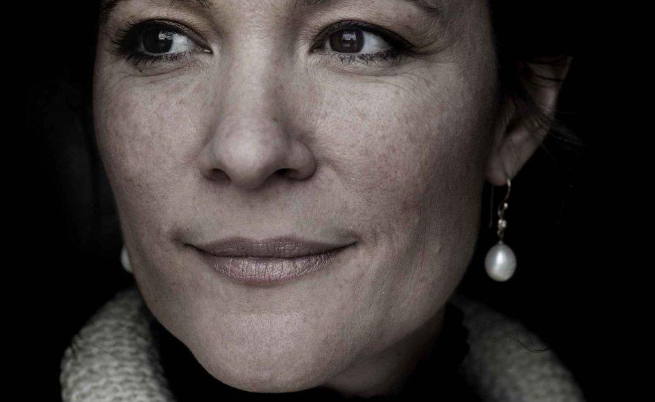 """""""Nogle gange kan jeg være voldsomt i tvivl og tænke, at hvad nu hvis det er indbildt, og dem, der ikke tror på noget, har ret,"""" siger journalist og forfatter Paula Larrain om søndagens tekst. –"""