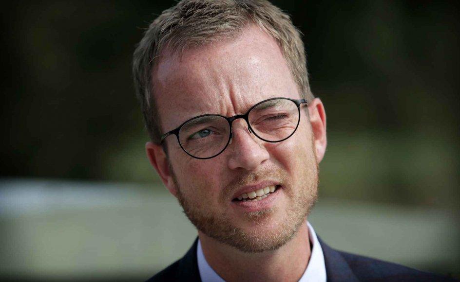 Flere partier stiller nu spørgsmål til kontakten mellem miljø- og fødevareminister Esben Lunde Larsens ministerium og konsulenthuset Cowi i forbindelse med udarbejdelsen af en rapport om Danmarks grundvand.