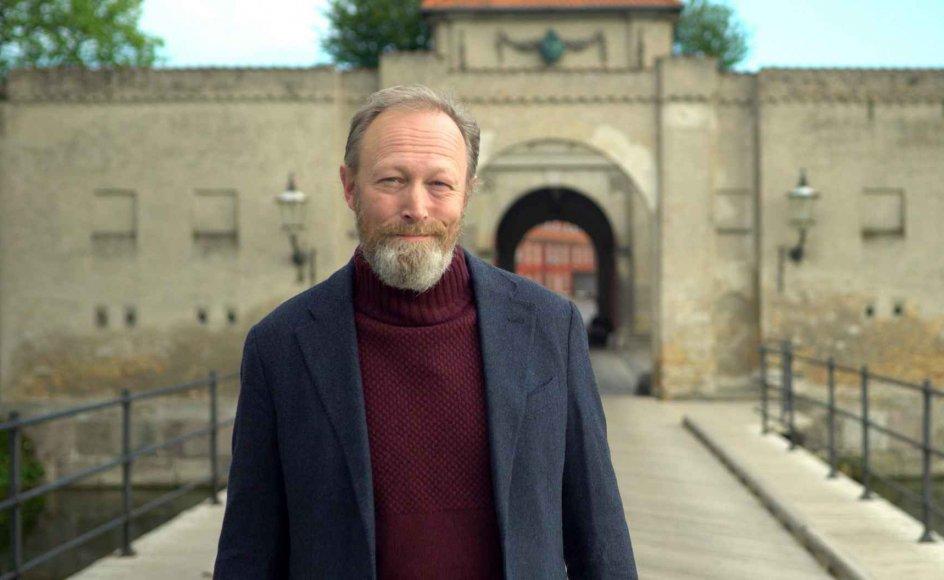 Skuespiller Lars Mikkelsen er den gennemgående fortæller i DR's danmarkshistorie, hvor det sidste afsnit blev vist lørdag aften.