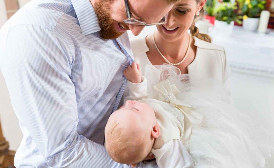 Omkring 70 procent af danskerne bliver døbt. Men hvad er den teologiske baggrund for dåben egentlig?