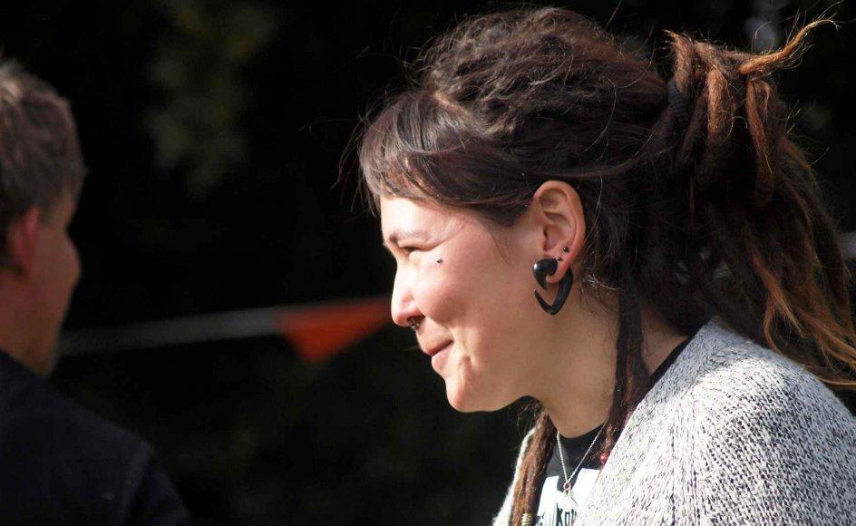 25-årige Nuka Kleist flyttede til en landsby nær Viborg og siden til Skive efter en omtumlet tilværelse i Aarhus. Hun håber at kunne skabe sig en fremtid som klejnsmed i Midtjylland.