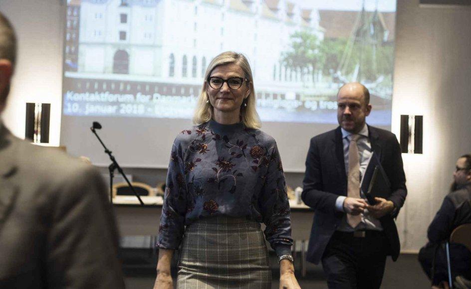 """""""Historisk har religiøse fortolkninger været brugt til at retfærdiggøre begrænsninger i kvinders frihed og rettigheder. Der finder stadig overgreb sted mod kvinder og piger i religionens navn. Det er noget, vi skal forsøge at eliminere,"""" sagde udviklingsminister Ulla Tørnæs (V) blandt andet under lanceringen af regeringens nye indsats, der skal styrke religions- og trosfriheden globalt."""