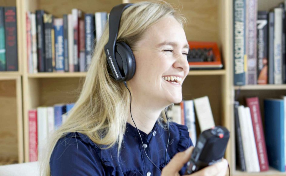Liv Mygind hjælper folk med at indtale deres livshistorier til podcasts. –