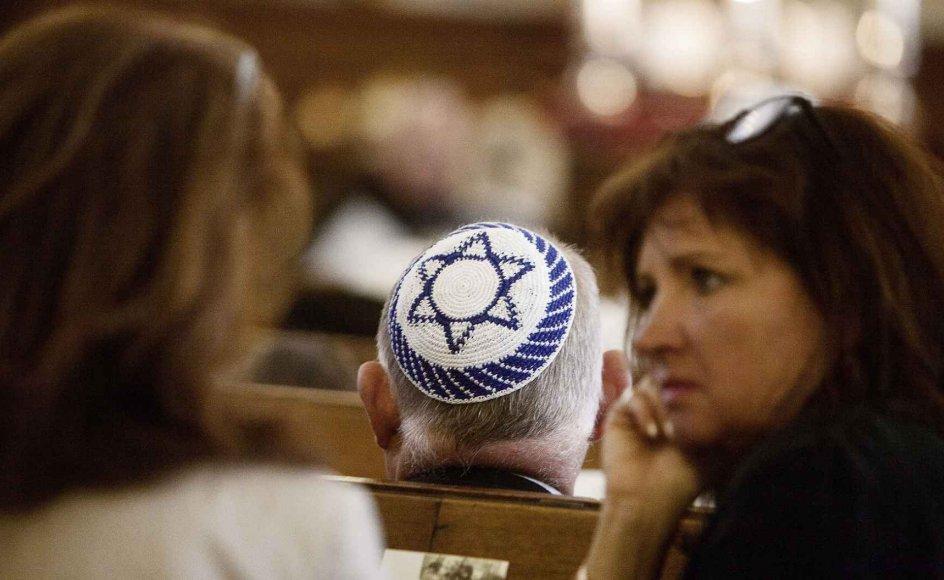 Sidste års 142 religiøst motiverede hadforbrydelser er en stigning fra 88 i 2016 og 60 i 2015. 27 procent af de anmeldte sager er gået ud over landets blot få tusinde jøder. Det betyder, at jøder er den relativt hårdest ramte religiøse gruppe.