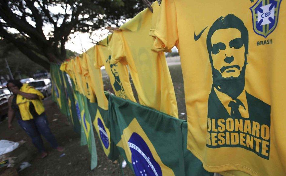 Det brasilianske valg markerer halvvejen på et to år langt maraton, hvor i alt 14 latinamerikanske lande vælger ny præsident. På mange måder er Jair Bolsonaros kandidatur til præsidentposten symbolet på den bølge af politisk forandring, som med valgene skyller hen over Latinamerika.