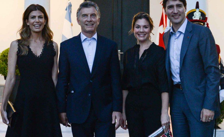 På billedet her ses (fra venstre mod højre) Argentinas førstedame, Juliana Awada, Argentinas præsident, Mauricio Macri, Canadas premierministers hustru, Sophie Gregoire, samt Canadas premierminister, Justin Trudeau, forud for G20-topmødet i Buenos Aires.