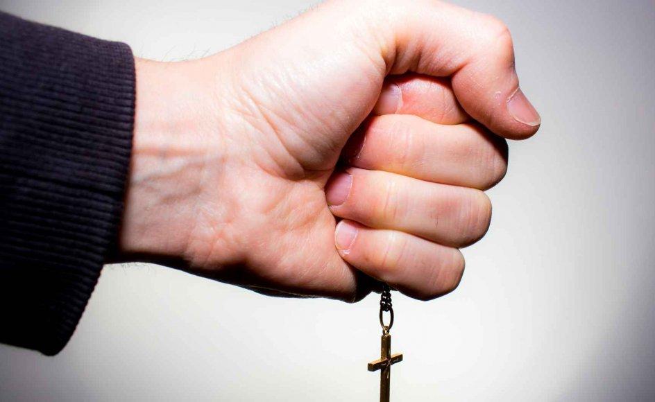 Dæmonuddrivelse er faktisk ikke så fremmed en praksis i hverken det fri- eller folkekirkelige landskab i Danmark. Det siger sognepræst i Nazaret Kirke i København Niels Underbjerg, som både kender præster, der har praktiseret udfrielse af onde ånder, og i enkelte tilfælde selv har gjort det.