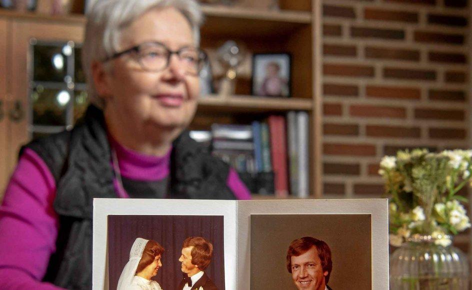 Ane Marie og Kristian Mortensen blev gift den 30. juni 1979, og nåede at være sammen i 30 år. Nu har hun været alene i ni år og går snart på pension, men fortsætter som menighedsrådsformand på 18. år i Gjellerup Kirke. –