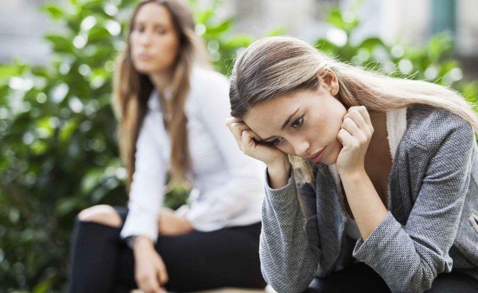 Hvert år mister 7.000 børn og unge forældre eller søskende. Endnu flere oplever, at et familiemedlem bliver alvorligt syg. Mange børn og unge ender ofte med at føle sig alene med sorgen.