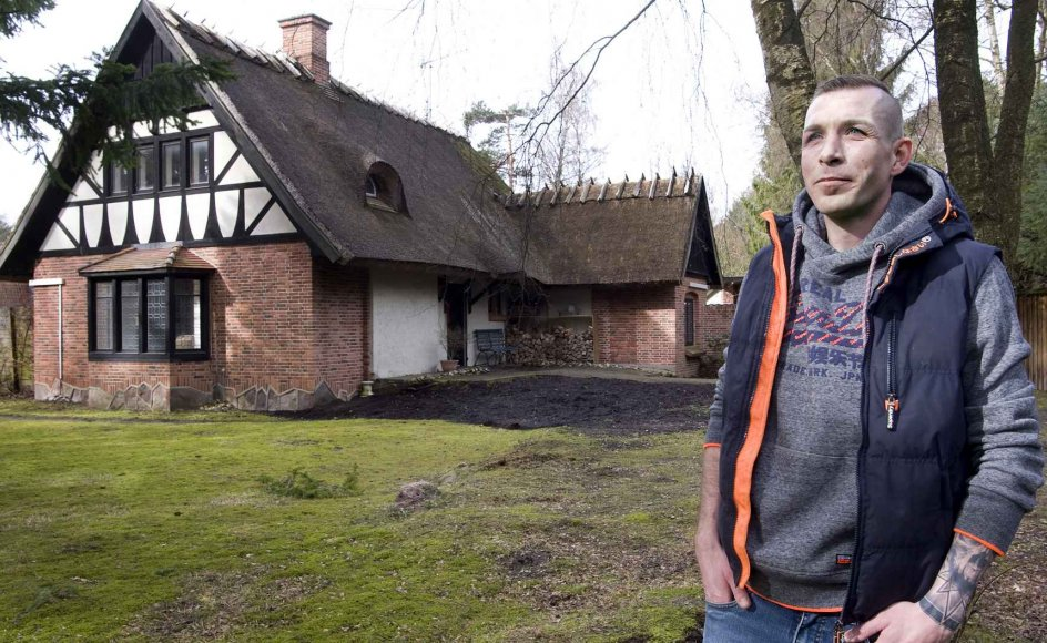 34-årige Morten Dam Hansen søgte blandt andet roen og naturen, da han sammen med sin kæreste Charlotte flyttede til Frederiksværk for seks år siden. De to har nu en fælles datter, som er tre år. –