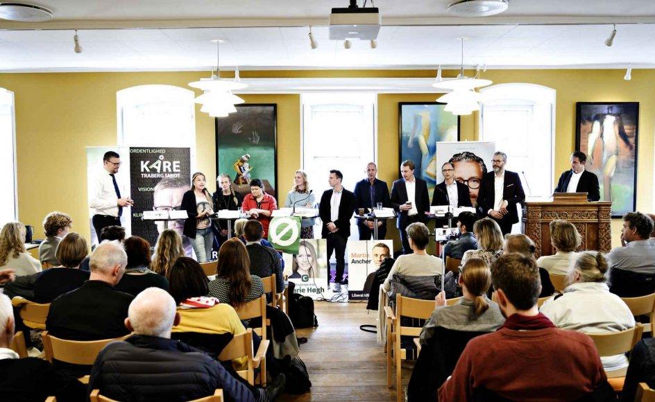 Tirsdag aften bød på vælgermøde i det grundtvigske hus, Vartov i København. Mens de røde partier ville tale om sparekravet på kultur, mente de borgerlige i stedet, at man bør fokusere på at få ånden ind i kulturdebatten.
