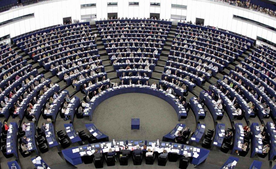 EU-embeds-mænd har ingen grund til at være glade og lettede over de europæiske valgresultater efter søndagens valg til Europa-Parlamentet (som på billedet holder møde i Strasbourg). Faktisk har den gamle elite mistet sin støtte – og det er godt nyt for Europa og for demokratiet, skriver Matthias Heitmann. –