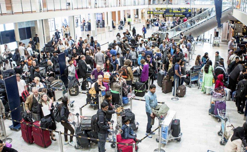 """Tidsånden er grøn, lød manges konklusion efter det nylige folketingsvalg. Alligevel satte Kastrup Lufthavn i sidste måned passagerrekord for en enkelt dag, så der er ikke meget, der tyder på, at """"flyskammen"""" har nået den brede befolkning."""