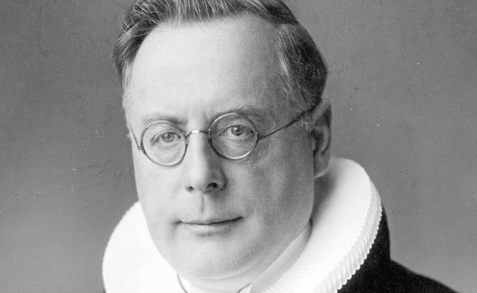 Hans Fuglsang-Damgaard var blevet biskop som 44-årig i 1934. Hans navn har ikke mindst været kendt efter krigen i forbindelse med det hyrdebrev, som de danske biskopper udsendte i oktober 1943 efter jødeaktionen. Hvad der dog er mindre kendt er, hvordan hans livsindstilling kom til at præge hans indsats imod nazismen.