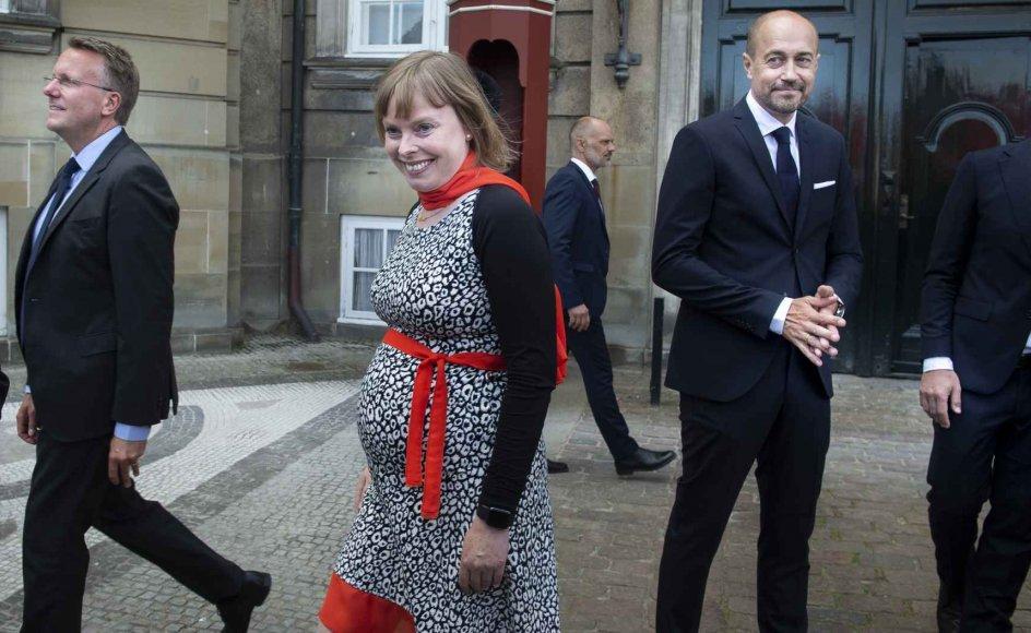 Kulturminister Joy Mogensen (S) fødte lørdag en datter, som ikke længere var i live, oplyser Statsministeriet.
