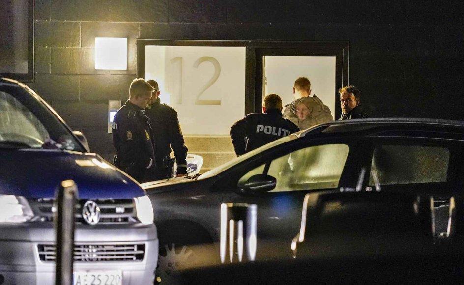 Billede fra Ravnkildevej i Aalborg, som var et af de steder, politiet onsdag slog til i en koordineret antiterroraktion.
