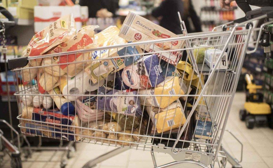 Da statsminister Mette Frederiksen (S) i begyndelsen af marts meddelte, at Danmark ville lukke delvist ned, strømmede mange danskere til supermarkedet for at handle stort ind.