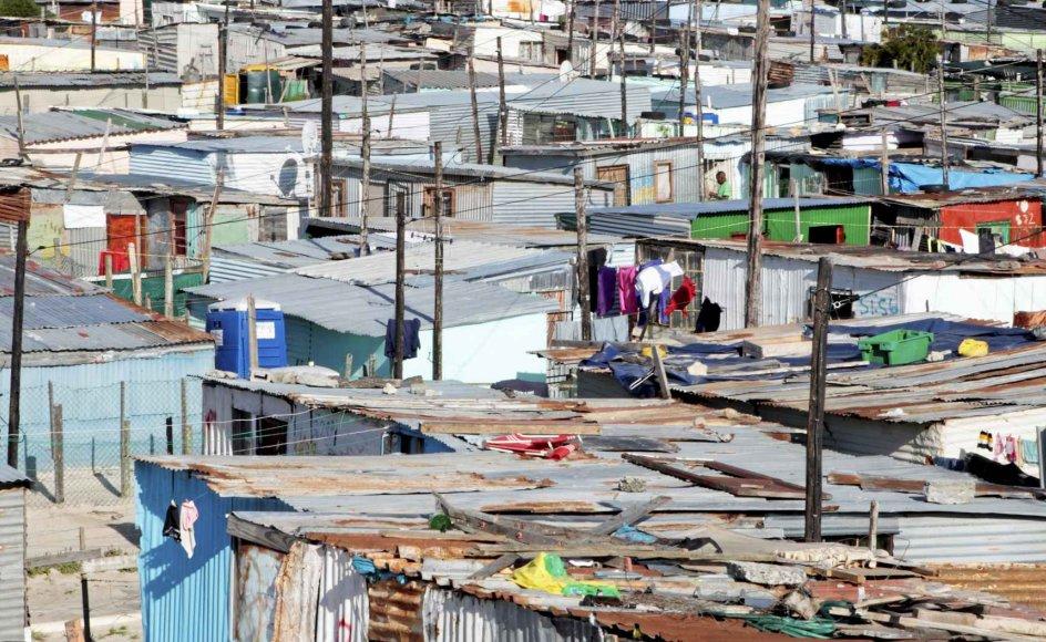Min tilstedeværelse i Cape Town forvandlede sig til en fare for sundheden – ikke mindst blandt mine venner i blikbyer, skriver Steffen Jensen, som netop er vendt hjem fra Sydafrika – Foto: Neil Overy/Science Photo Library/Ritzau Scanpix.