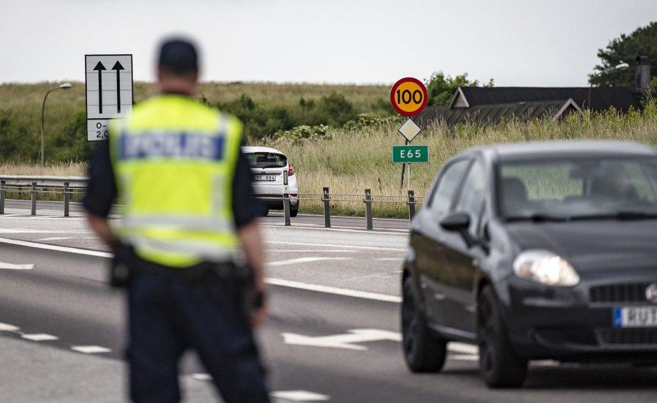 Stort set alle epsioderne med stenkast har fundet sted på motorvej E65, som mange danskere bruger mellem Malmø og Ystad, og hovedparten har involveret biler med danske nummerplader.