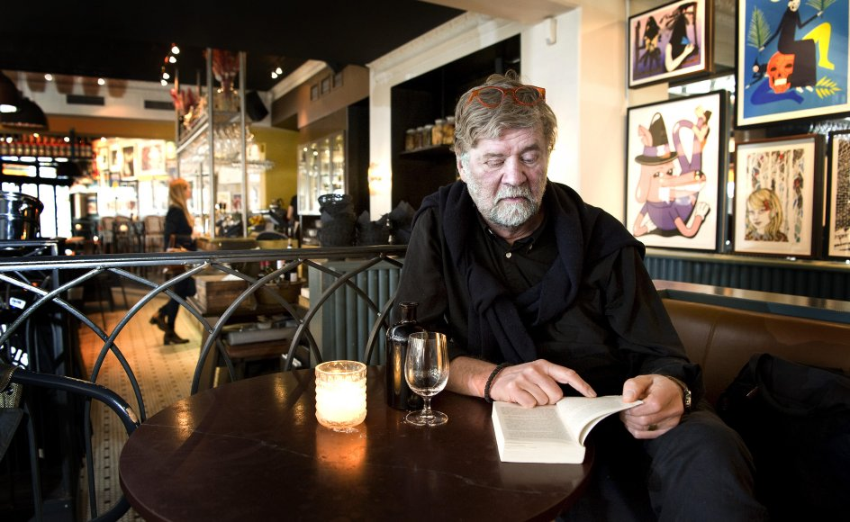 0Særligt ved runde fødselsdage sniger vemodet sig ind på religionspsykolog Owe Wikström. Sideløbende med festen dukker spørgsmålet op: Hvor mange år har jeg igen? – Foto: Leif Tuxen.