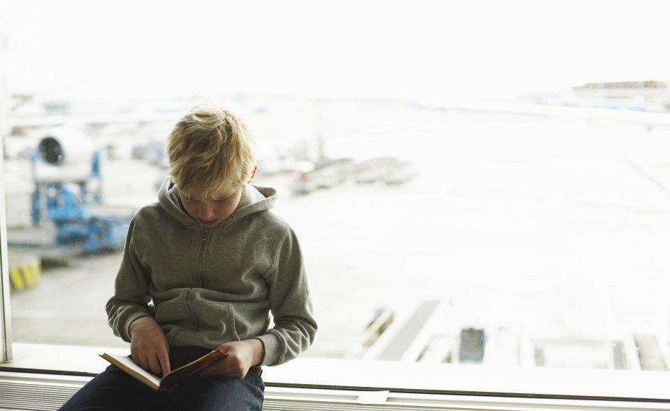 Et syn som dette er efterhånden en sjældenhed. Læselysten hos danske børn ligger helt i bund, hvis man sammenligner med andre vestlige lande.