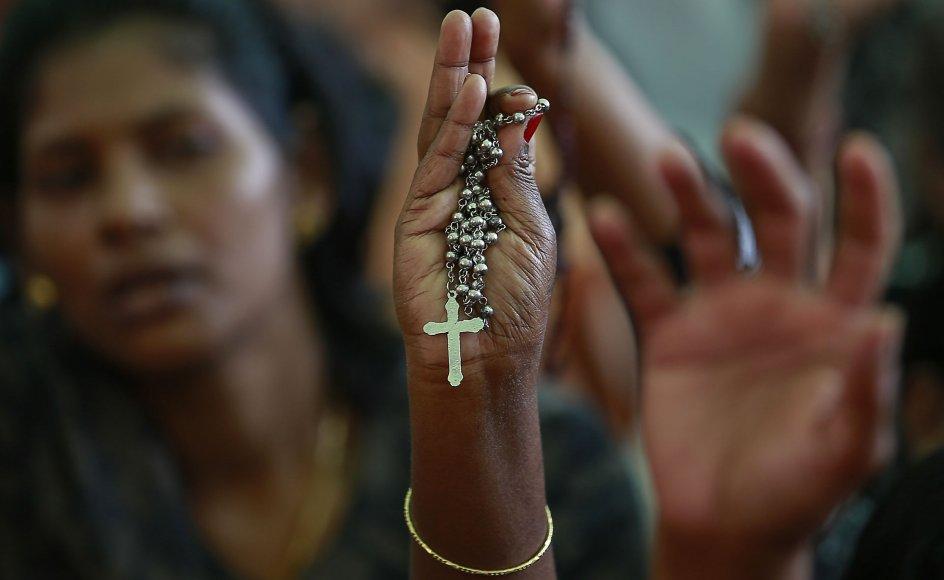 """""""Når et kristent menneske eksempelvis er offer for vold eller diskrimination og forsøger at anmelde det til politiet, har vi set flere eksempler på, at politiet viser sig at være i ledtog med de radikale hinduer. Hos politiet bliver de opfordret til ikke at anmelde forbrydelserne,"""" siger Gloria Leccese."""